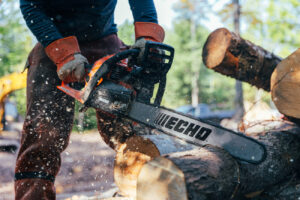 Outdoor Photography of Echo Chainsaw by SmartCreative